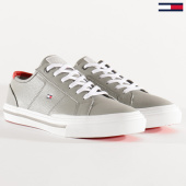 /achat-baskets-basses/tommy-hilfiger-baskets-core-corporate-flag-sneaker-2593-antique-sivler-203498.html