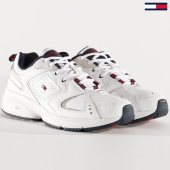 /achat-baskets-basses/tommy-jeans-baskets-femme-heritage-sneaker-0721-white-203525.html