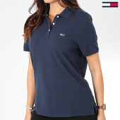 /achat-polos-manches-courtes/tommy-jeans-polo-manches-courtes-femme-tommy-classics-7641-bleu-marine-203546.html