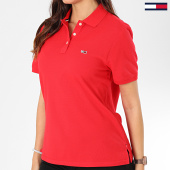 /achat-polos-manches-courtes/tommy-jeans-polo-manches-courtes-femme-tommy-classics-7641-rouge-203547.html