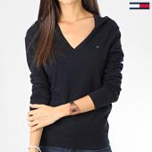 https://www.laboutiqueofficielle.com/achat-pulls/tommy-jeans-pull-femme-col-v-heritage-5294-bleu-marine-203599.html