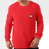 /achat-pulls/tommy-hilfiger-jeans-pull-tommy-badge-7418-rouge-203689.html