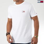 /achat-t-shirts/tommy-hilfiger-jeans-tee-shirt-chest-logo-7472-blanc-203702.html