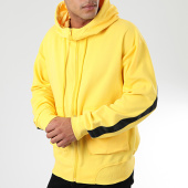 /achat-sweats-zippes-capuche/sixth-june-sweat-zippe-capuche-a-bandes-m3979csw-jaune-203873.html