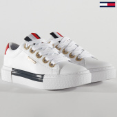/achat-baskets-basses/tommy-hilfiger-baskets-femme-leather-elevated-4600-white-203853.html
