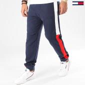 /achat-pantalons-joggings/tommy-jeans-pantalon-jogging-a-bandes-jacquard-flag-7613-bleu-marine-203973.html