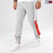 /achat-pantalons-joggings/tommy-jeans-pantalon-jogging-a-bandes-jacquard-flag-7613-gris-chine-203974.html