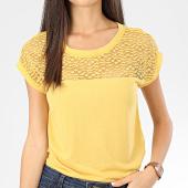 /achat-t-shirts/only-tee-shirt-femme-dentelle-kamira-jaune-204184.html