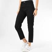 /achat-jeans/only-jean-femme-mom-emily-noir-204190.html