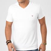 /achat-t-shirts/guess-tee-shirt-slim-col-v-m01i32-j1300-blanc-204278.html
