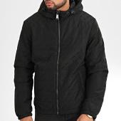 /achat-vestes/guess-veste-zippee-capuche-reversible-m01l50-wb0h0-noir-204292.html