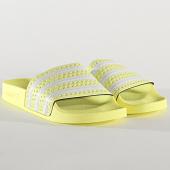 /achat-claquettes-sandales/adidas-claquettes-femme-adilette-eg5006-yellow-tint-cloud-white-204761.html