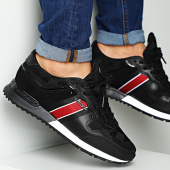 /achat-baskets-basses/vo7-baskets-milan-flag-black-black-204847.html
