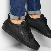 /achat-baskets-basses/vo7-baskets-yacht-square-dark-dark-204850.html
