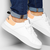 /achat-baskets-basses/diesel-baskets-s-clever-low-lae-y02045-p0299-white-orange-peach-204970.html