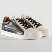 /achat-baskets-basses/cash-money-baskets-cmp97-stock-2-bee-black-white-gold-205209.html