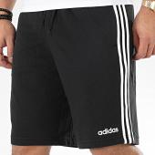 /achat-shorts-jogging/adidas-short-jogging-a-bandes-essential-3-stripes-du7830-noir-205414.html