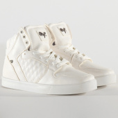 /achat-baskets-montantes/cash-money-baskets-cms13-stock-jailor-white-mat-205481.html