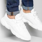 /achat-baskets-basses/adidas-baskets-haiwee-ef3805-cloud-white-core-black-grey-one-205621.html