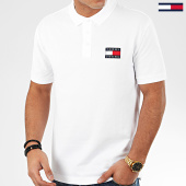 /achat-polos-manches-courtes/tommy-jeans-polo-manches-courtes-tommy-badge-7456-blanc-206025.html