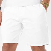 /achat-shorts-chinos/brave-soul-short-chino-smith-blanc-206414.html