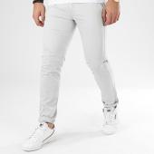 /achat-chinos/classic-series-pantalon-chino-1856-gris-clair-206455.html