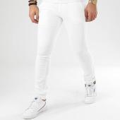 /achat-chinos/classic-series-pantalon-chino-1952-blanc-206472.html