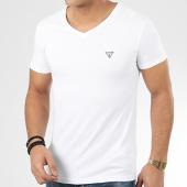 /achat-t-shirts/guess-tee-shirt-col-v-u97m01-jr003-blanc-207176.html