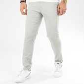 /achat-chinos/jack-and-jones-pantalon-chino-marco-bowie-gris-clair-207183.html