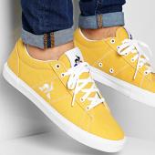 /achat-baskets-basses/le-coq-sportif-baskets-verdon-plus-2010069-jaune-moutarde-207161.html