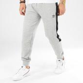 /achat-pantalons-joggings/umbro-pantalon-jogging-a-bandes-771791-gris-chine-noir-207355.html