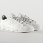 /achat-baskets-basses/le-coq-sportif-baskets-femme-agate-metallic-2010237-optical-white-old-silver-207511.html