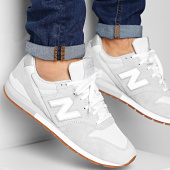 /achat-baskets-basses/new-balance-baskets-classics-traditionnels-996-rain-cloud-with-munsell-white-207596.html