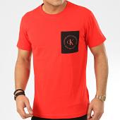 /achat-t-shirts-poche/calvin-klein-tee-shirt-poche-ck-round-logo-4761-rouge-208048.html