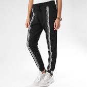 /achat-pantalons-joggings/adidas-pantalon-jogging-femme-a-bandes-cuff-fm4385-noir-208142.html