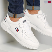 /achat-baskets-basses/tommy-jeans-basket-essential-retro-sneaker-0444-white-208402.html