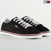 /achat-baskets-basses/tommy-jeans-baskets-femme-essential-lace-up-sneaker-0786-black-208405.html
