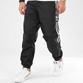 /achat-pantalons-joggings/adidas-pantalon-jogging-a-bandes-ripstop-fm9886-noir-208791.html