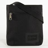 /achat-sacs-sacoches/calvin-klein-sacoche-sport-essentials-5565-noir-209016.html