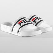 /achat-claquettes-sandales/fila-claquettes-femme-morro-bay-slipper-20-1010901-blanc-209035.html