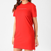 /achat-robes/calvin-klein-robe-tee-shirt-femme-institutional-3702-rouge-209190.html