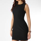 /achat-robes/guess-robe-femme-w0gk0f-wb4h0-noir-209235.html