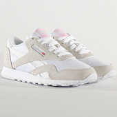 /achat-baskets-basses/reebok-baskets-femme-classic-leather-nylon-fv4507-white-light-grey-209412.html