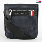 /achat-sacs-sacoches/tommy-hilfiger-sacoche-elevated-nylon-mini-crossover-5811-bleu-marine-209206.html
