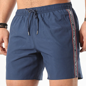 /achat-maillots-de-bain/emporio-armani-short-de-bain-a-bandes-211740-0p443-bleu-marine-209464.html