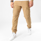 https://www.laboutiqueofficielle.com/achat-pantalons-cargo/jack-and-jones-pantalon-cargo-rob-alfa-akm-906-vert-kaki-209556.html