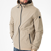/achat-coupe-vent/jack-and-jones-coupe-vent-a-capuche-spring-beige-209990.html