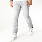 /achat-jeans/petrol-industries-jean-slim-m-1000-dnm003-gris-210230.html