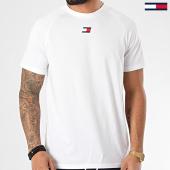 /achat-t-shirts/tommy-sport-tee-shirt-chest-logo-0356-blanc-210172.html