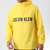 /achat-coupe-vent/calvin-klein-coupe-vent-o588-jaune-210333.html